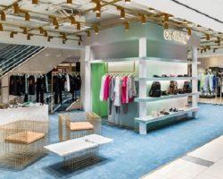 Торговля одеждой: популярный мировой бренд стал доступен в Москве