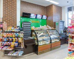 «Фасоль»: ритейлер запустил столичный магазин без стандартных касс