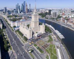 Конструкции вдоль дорог: столица потратит 1 миллиард