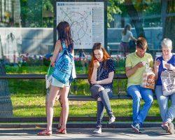 Сервис Wi-Fi на остановках и в транспорте популярен у москвичей