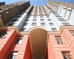 Определена доля покупателей последних этажей столичных новостроек