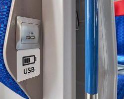Поезда на МЦД оборудуют востребованными розетками