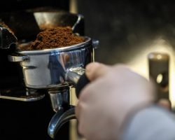 «ВкусВилл» и «Кофе хауз» открыли в Москве новую компанию