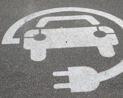 Столичные владельцы электрокаров освобождены от транспортного налога