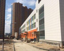Крупнейшая школа МО будет достроена до конца года
