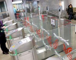 Пассажиры столичного транспорта активно используют банковские карты для оплаты