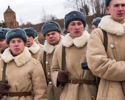 В День Победы на улицах подмосковных городов покажут  фильм «Подольские курсанты»