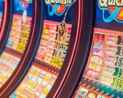 Почему выгодно играть в казино Платинум