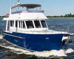 Аренда яхт от компании «Теплоходик»: незабываемый отдых в Киеве