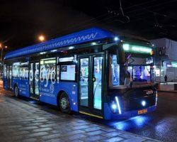 Ночные электробусы одного маршрута успели перевезти почти 10 тысяч столичных пассажиров