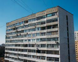 Вторичное жилье Москвы: аналитики зафиксировали падение  количества апрельских сделок
