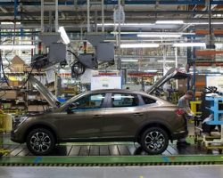 Столичный завод бренда  «Renault» ушел на каникулы