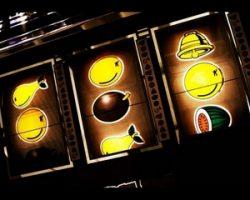 Почему стоит играть на сайте Вулкан казино с выводом денег