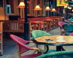 Столичные кафе и столовые существенно снизили оборот в октябре