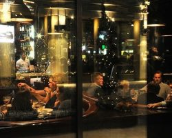В новогоднюю ночь московские рестораны проверят на соблюдение действующего запрета
