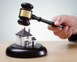 Власти Москвы продадут через аукцион 3 микро-квартиры