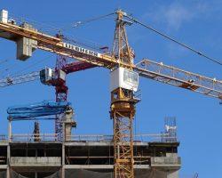 Аналитики отметили локальное снижение объемов строительства в Москве