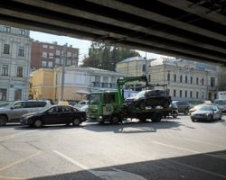 Эвакуация некорректно припаркованных авто: в столице увеличены тарифы