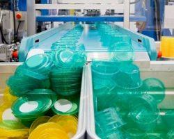 Отечественное производство пластиковых изделий в РФ и его преимущества перед импортом товаров