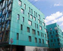 Аналитики указали на рост числа столичных сделок с «элитным» жильем