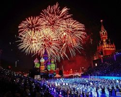 Салют в честь Великой Победы запустят с 16-ти площадок Москвы