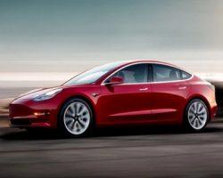 «СберАвто» запустил продажу электромобилей «Tesla в Москве в доставкой в день заказа